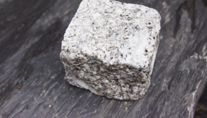 Pflastersteine – Granit grau 8x9cm