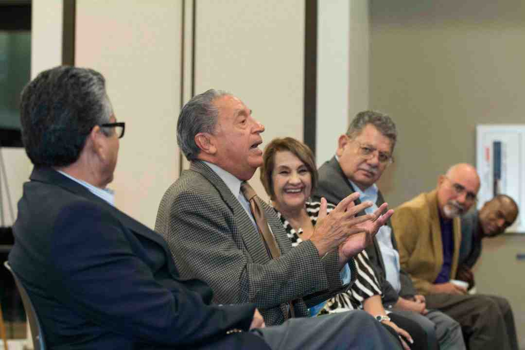 x Raul Yzaguirre Book signing Photo by Phil Soto 454-2