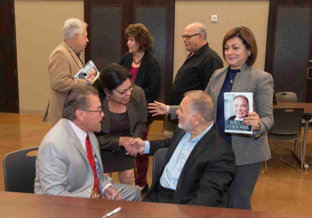 x Raul Yzaguirre Book signing Photo by Phil Soto 80