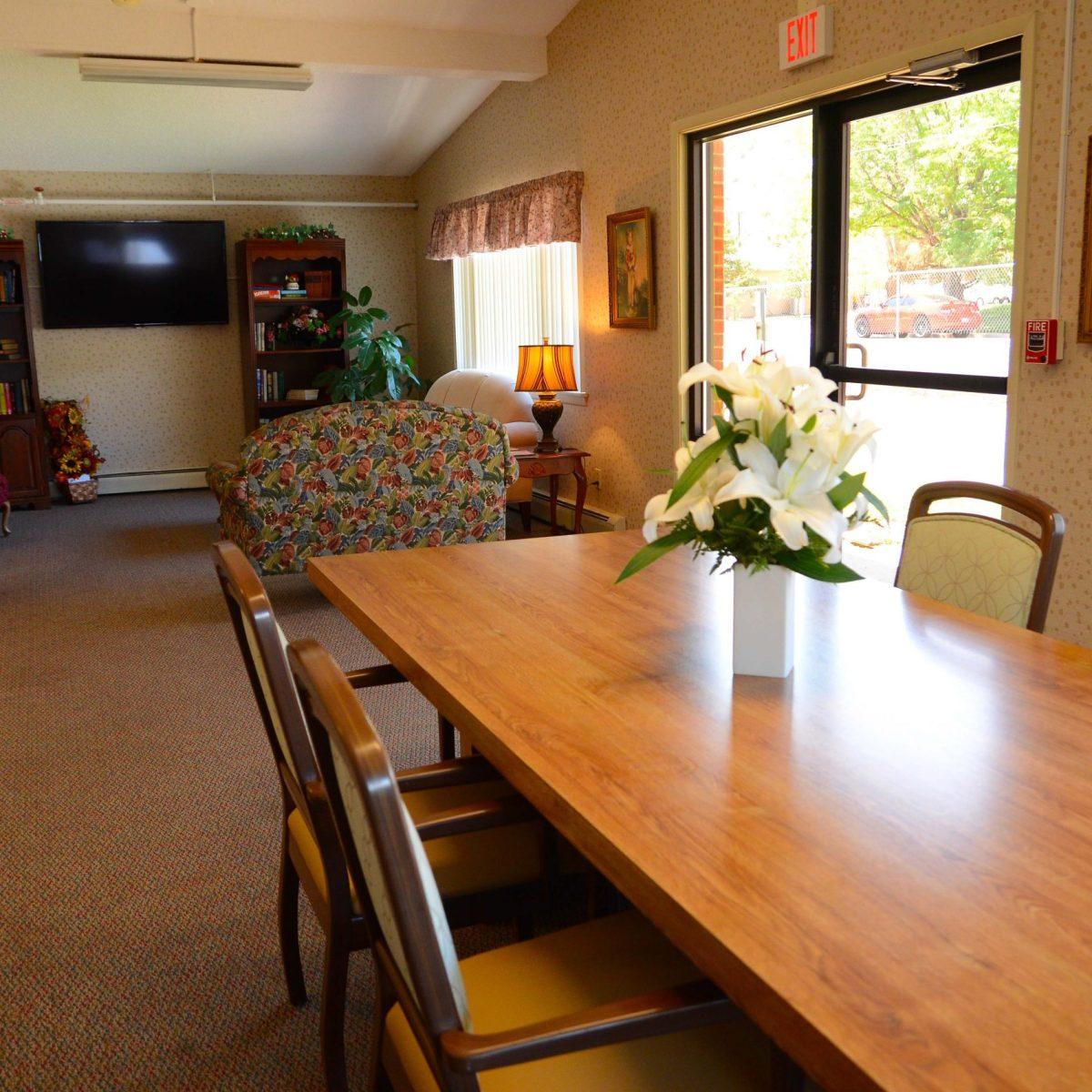 Skyline Ridge Nursing & Rehab Center Activity Room