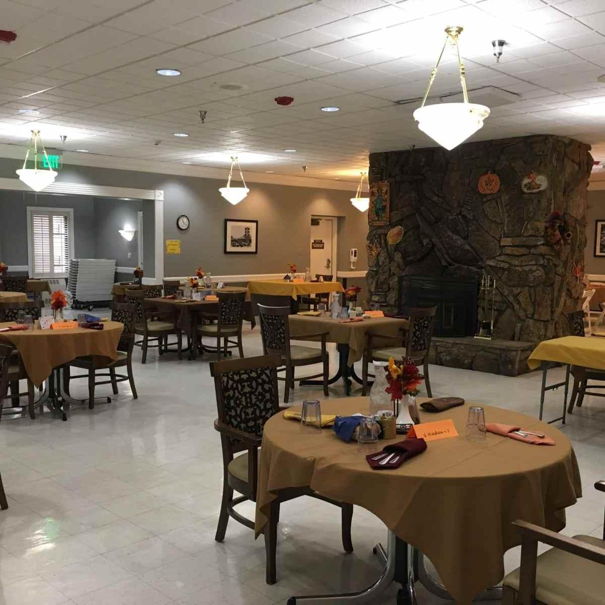 La Villa Grande- Dining Room