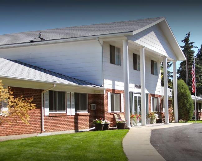 Laramie Care Center Entrance