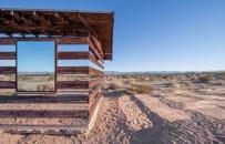 Lucid-Stead-Transparent-Cabin7-640x412