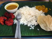 Mustafa Centre: chicken and curry