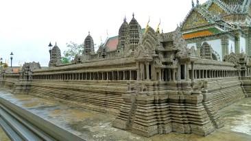 Wat Phra Kaew Angkor Wat replica