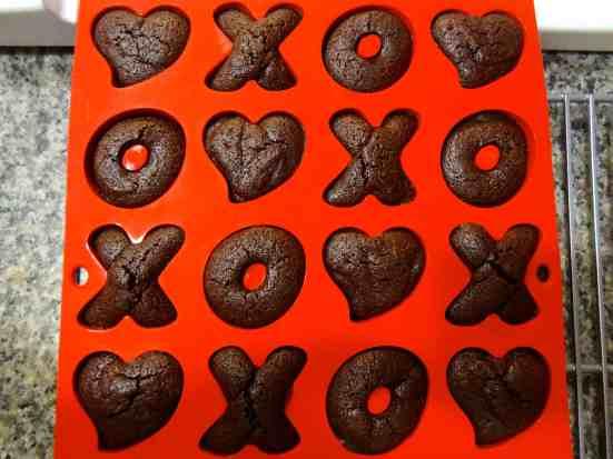 Heart XO Cakes 8