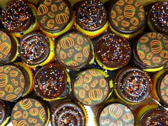 Chocolate Pumpkin Cheesecake Cupcakes - 21