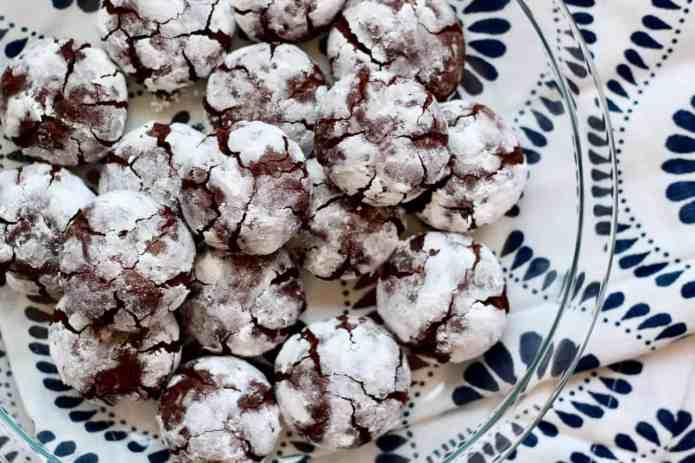 Chocolate Crinkle Cookies - 22