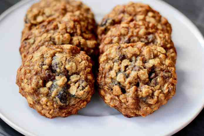 Oatmeal Cherry Nut Cookies - 11.jpg