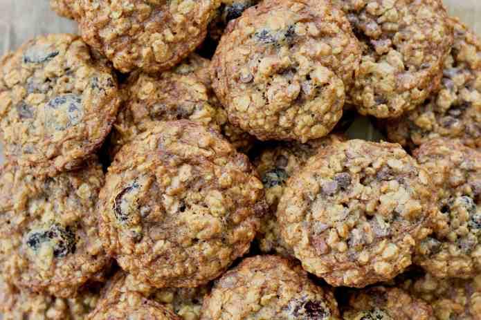 Oatmeal Cherry Nut Cookies - 27.jpg
