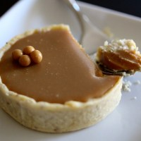 Adventures in French Pastry: Blond Chocolate Tarts