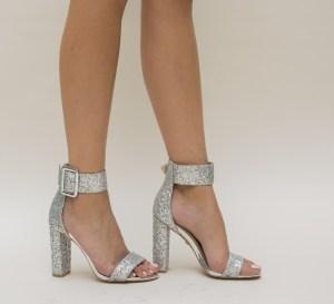 Sandale dama argintii din glitter cu toc gros si catarama