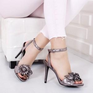 Sandale dama eleganta gri cu toc subtire inalte si floare in fata