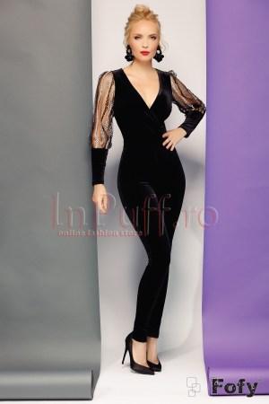 Salopeta eleganta dama din catifea neagra cu croi conic si maneci lungi din tull