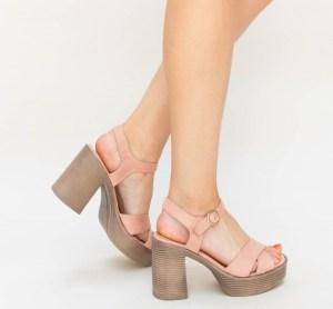 Sandale dama casual roz cu platforma si toc gros inalt