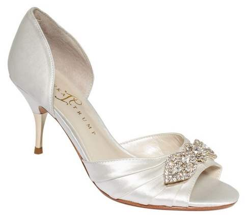 Ivanka Trump Nanci Pump Review