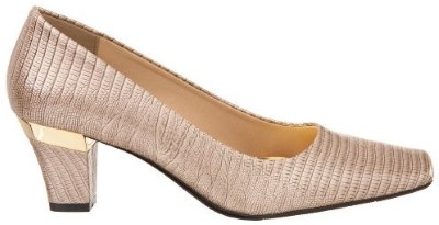 J.Renee Women's Mary Pump Review