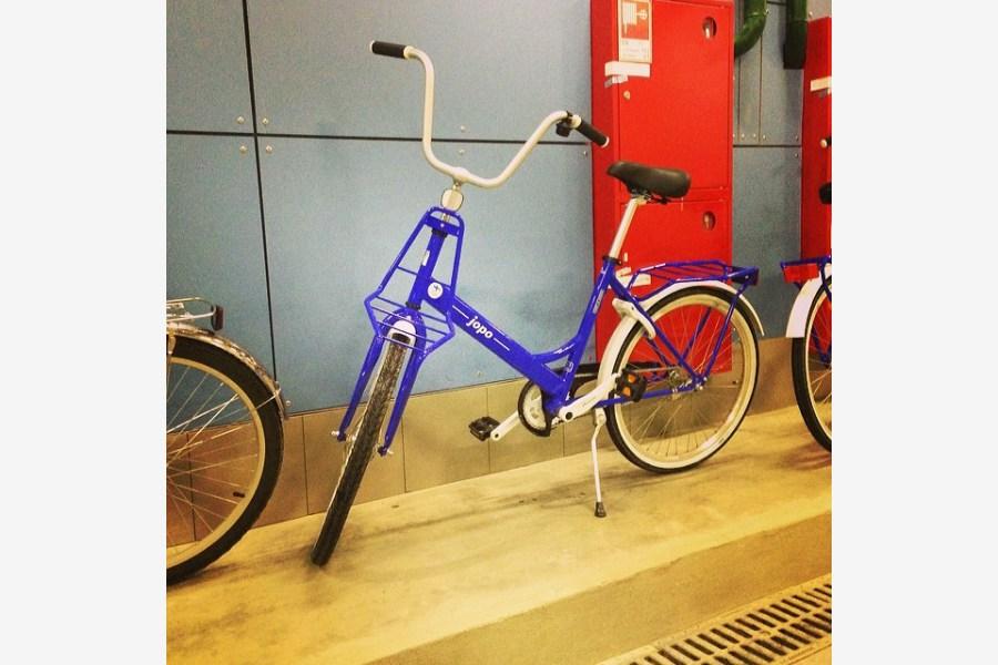 2014.02.18 - 03 - У финской сборной свои велосипеды. На них написано Jopo ;) (Тёма Станкевич)
