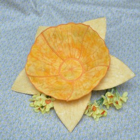 Daffodil Bowl with Liz Musselwhite
