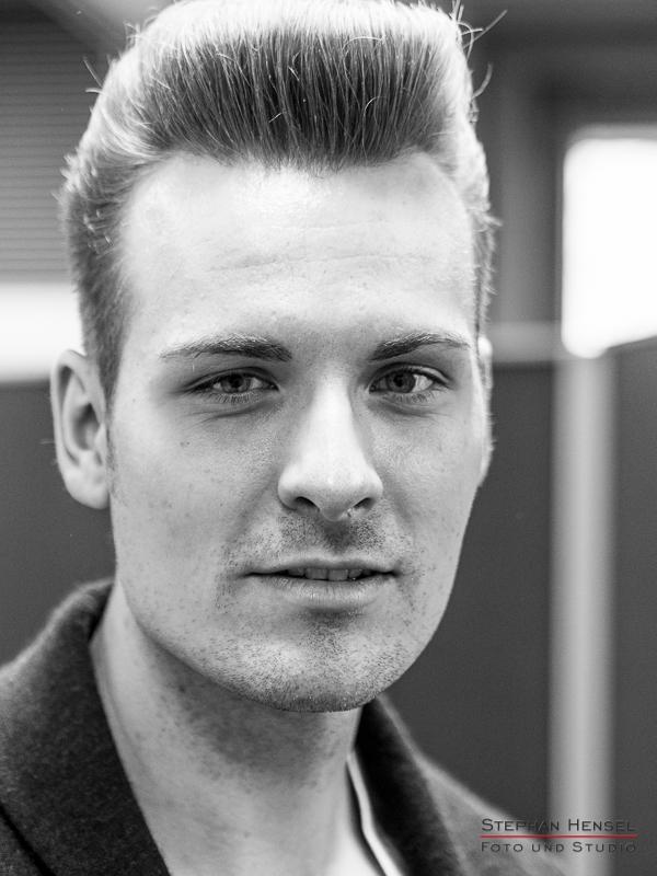 Sam von den Baseballs im Studio bei Stephan Hensel, Portraitfotograf: Stephan Hensel