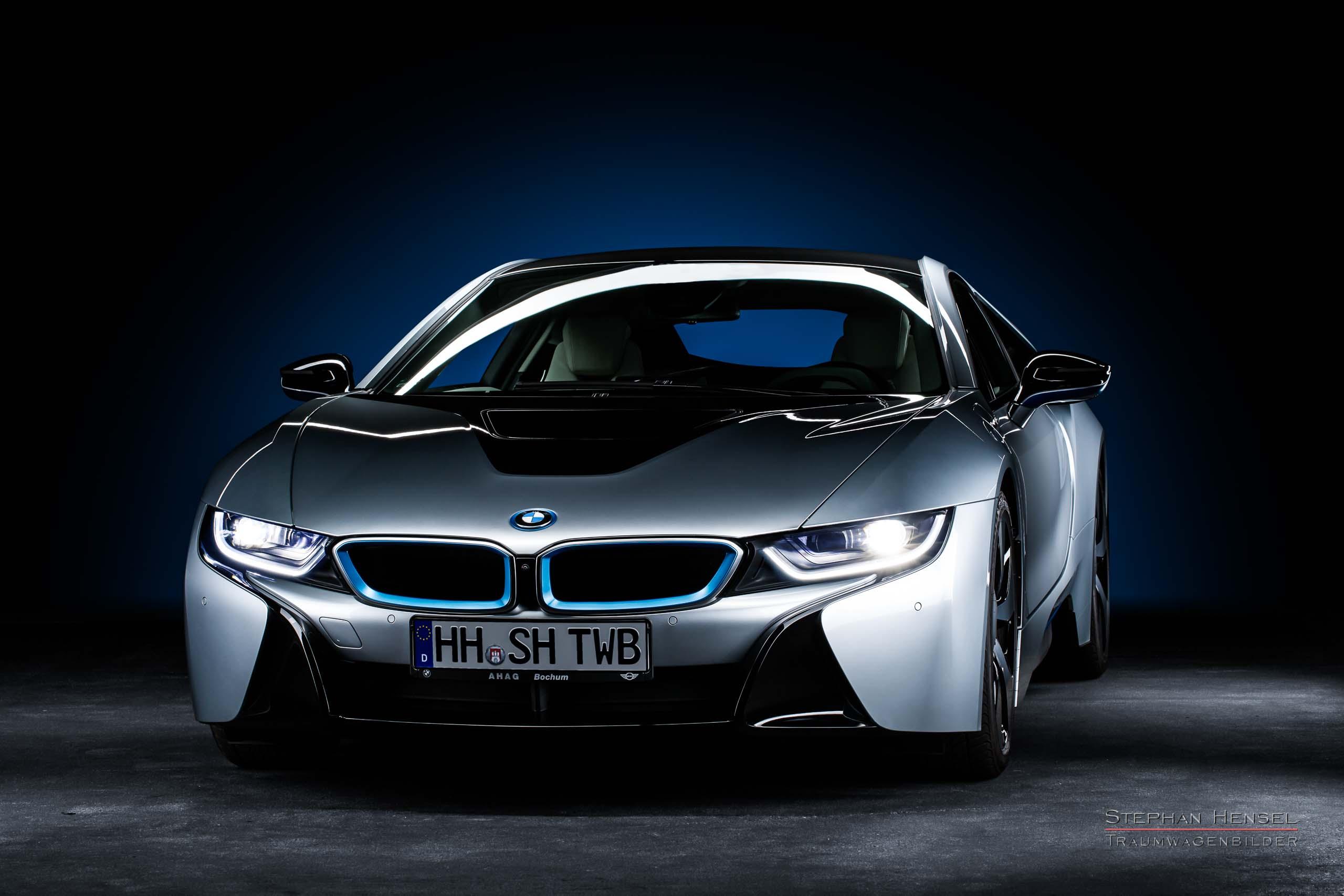 BMW i8, Ansicht von links vorn, Autofotograf: Stephan Hensel, Oldtimerfotograf, Hamburg