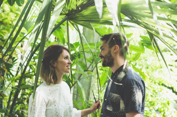 stephanie_green_wedding_photography_sula_olly_engagement_kew_gardens-10