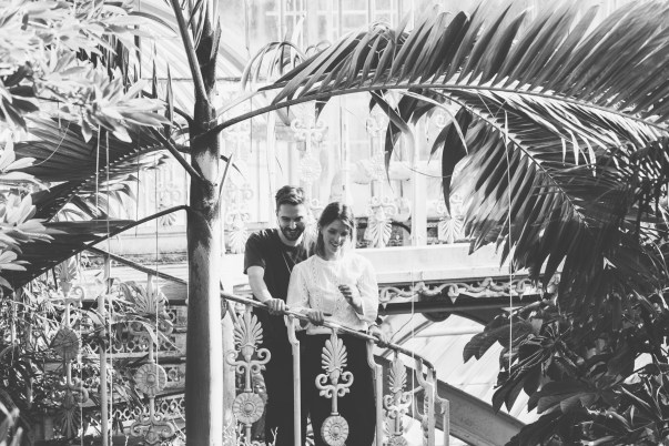 stephanie_green_wedding_photography_sula_olly_engagement_kew_gardens-54