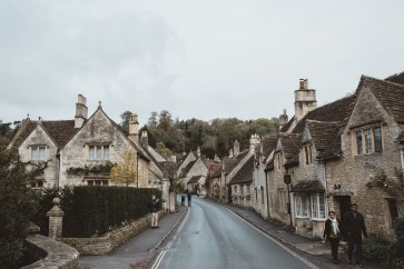 stephanie-green-wedding-photographer-castle-combe-chippenham-cotswolds-old-england-english-village-18