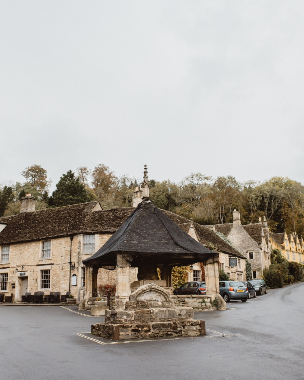 stephanie-green-wedding-photographer-castle-combe-chippenham-cotswolds-old-england-english-village-8
