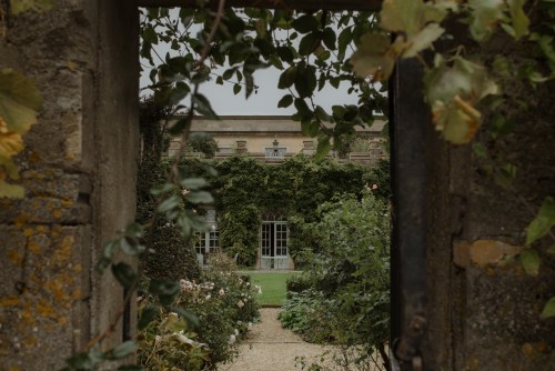 stephanie-green-wedding-photography-london-cotswolds-lake-district-the-lost-orangery-euridge-manor-country-uk-english-alternative-modern-documentary-candid-37