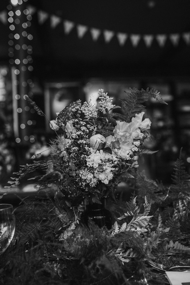 stephanie-green-wedding-photography-amy-tom-islington-town-hall-wedding-depot-n7-industrial-chic-pub-540