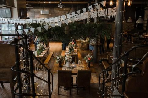 stephanie-green-wedding-photography-amy-tom-islington-town-hall-wedding-depot-n7-industrial-chic-pub-585