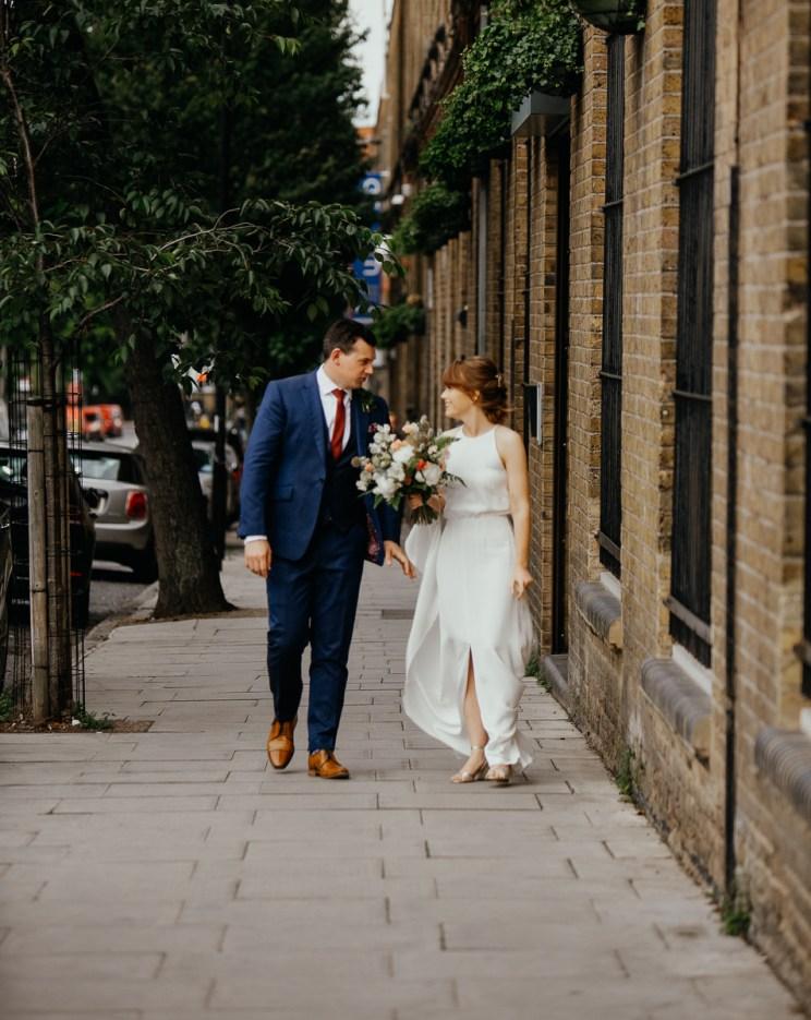 stephanie-green-wedding-photography-amy-tom-islington-town-hall-wedding-depot-n7-industrial-chic-pub-659