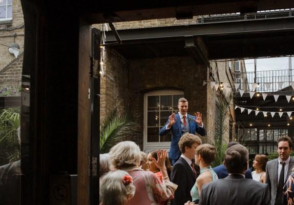 stephanie-green-wedding-photography-amy-tom-islington-town-hall-wedding-depot-n7-industrial-chic-pub-783