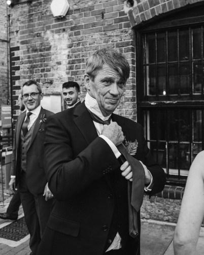 stephanie-green-wedding-photography-amy-tom-islington-town-hall-wedding-depot-n7-industrial-chic-pub-800