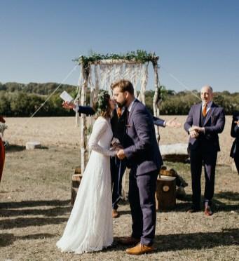 boho-wedding-bonhams-barn-blank-canvas-events-festival-outdoor-stephanie-green-weddings-alton-hampshire-456