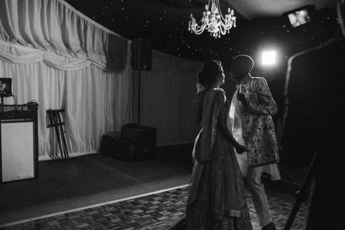 stephanie-green-wedding-photography-london-suffolk-glemham-hall-aldeburgh-blasian-1886