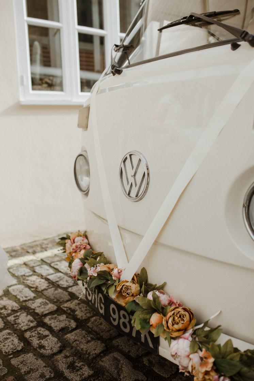 stephanie-green-weddings-marylebone-town-hall-st-pauls-cathedral-stationers-hall-dog-emma-adam-hati-buttercup-bus-vw-camper-109