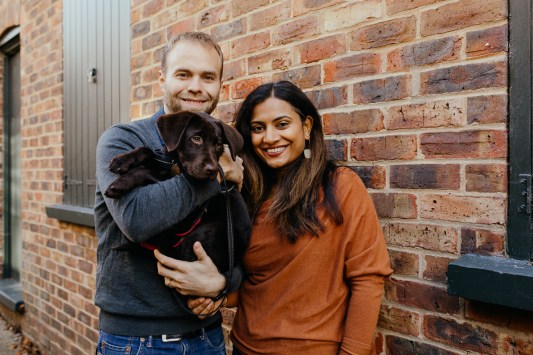 stephanie-green-weddings-puppy-portrait-ryan-jyothi-chocolate-lab-dog-pawtraits-walthamstow-london-18