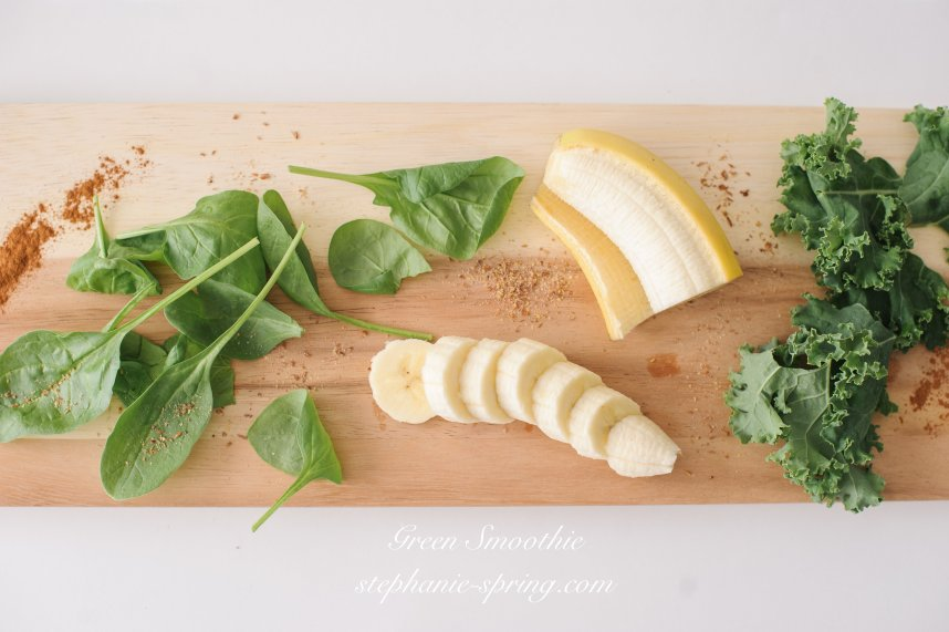 Green Smoothie Recipe at: stephanie-spring.com