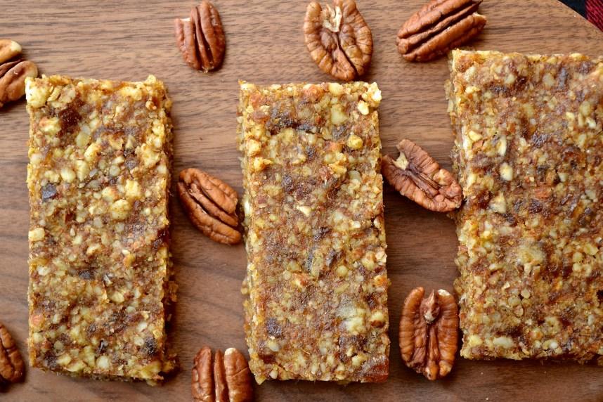 Pumpkin Pecan bars Recipe at: stephanie-spring.com