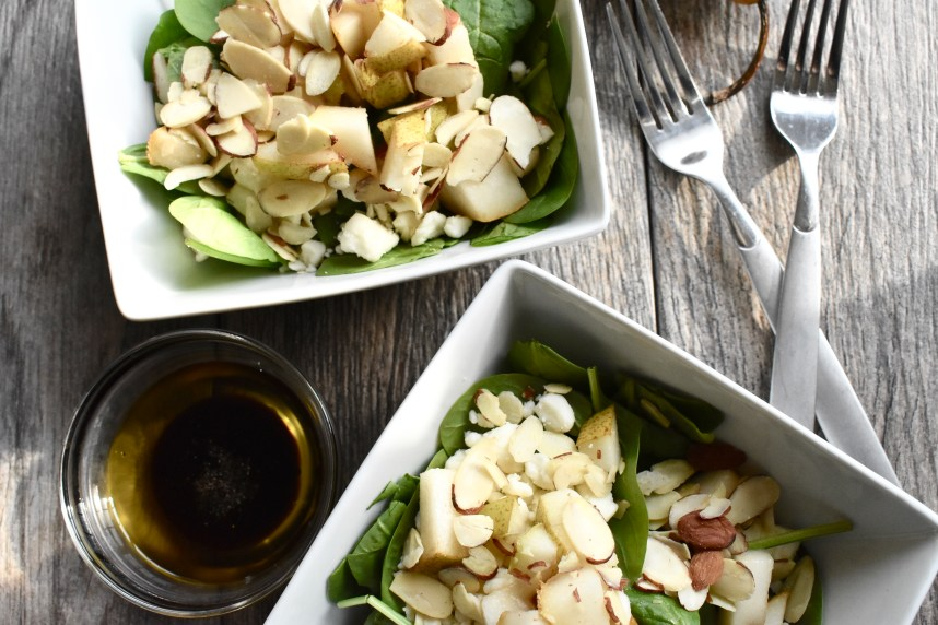 Spinach and Pear Salad- Recipe at: Stephanie-spring.com
