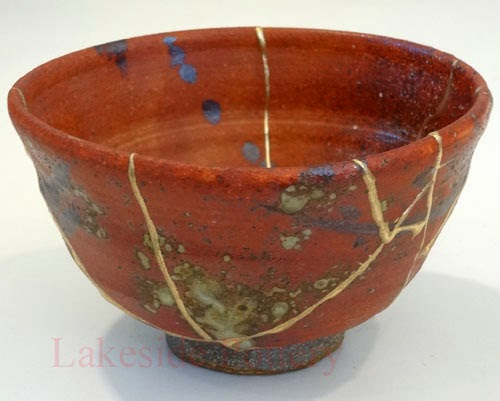 c5d1a-wood-fired-bowl-kintsugi-repair
