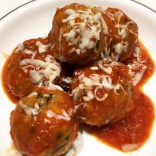 Meatballs sauce