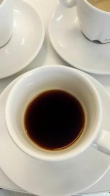 Der erste Kaffee auf dem Literaturcamp ist schon mal ganz in Ordnung.