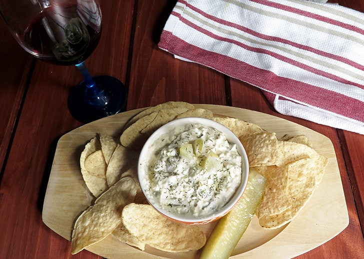 Creamy Dill Pickle Dip