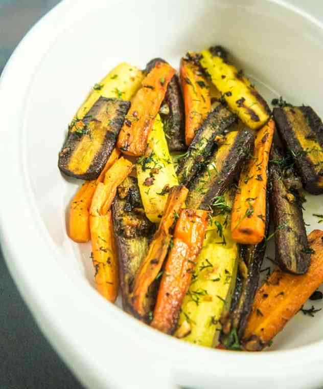 Roasted Garlic Dill Carrots