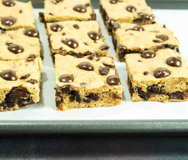 Almond Butter Chocolate Chip Cookie Bars