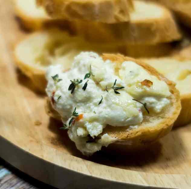 Lemon Thyme Baked Ricotta Cheese Dip