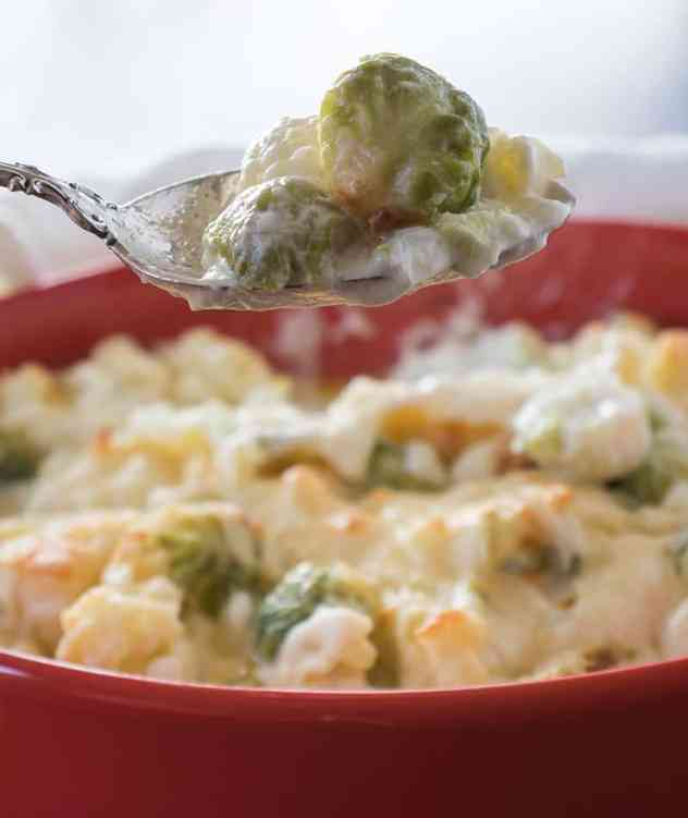 Cauliflower Brussels Sprouts Au Gratin in a casserole dish.